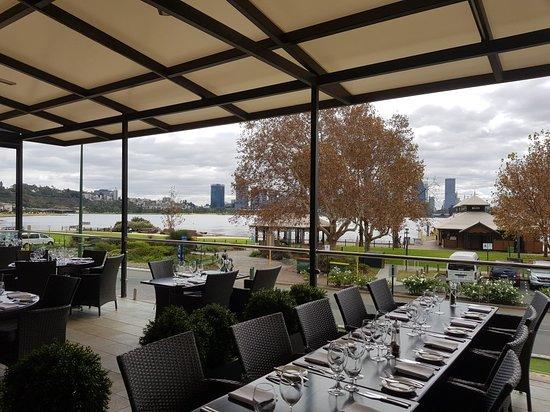 coco 39 s riverside restaurant south perth restaurant. Black Bedroom Furniture Sets. Home Design Ideas