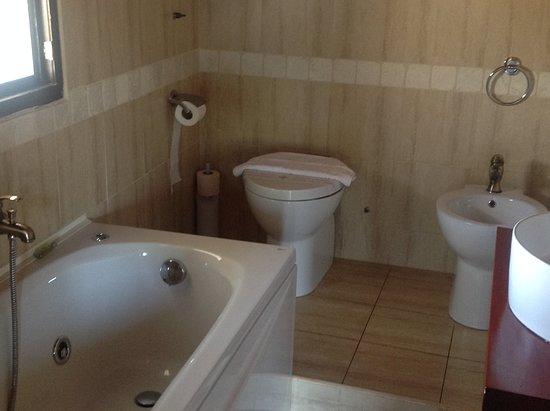 Small Bathroom With Washbasin Toilet