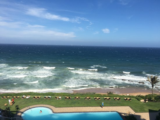 Umhlanga Main Beach : View of the beach and surf from the Beverly Hills Hotel