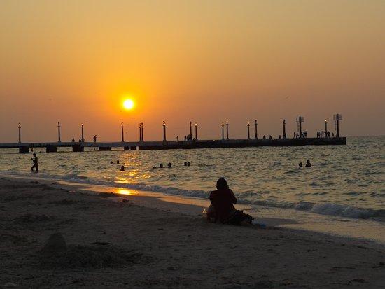 Sisal, Mexico: SUNSET
