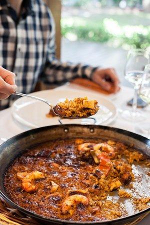 Torreon Restaurant: Paella de marisco pelada