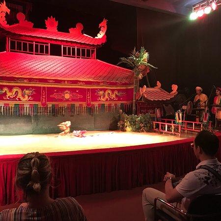 Water puppet show at Thao Dien Village : photo0.jpg