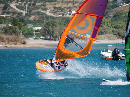 Palaikastron, Greece: Freak Windsurf Palekastro Kouremenos Beach