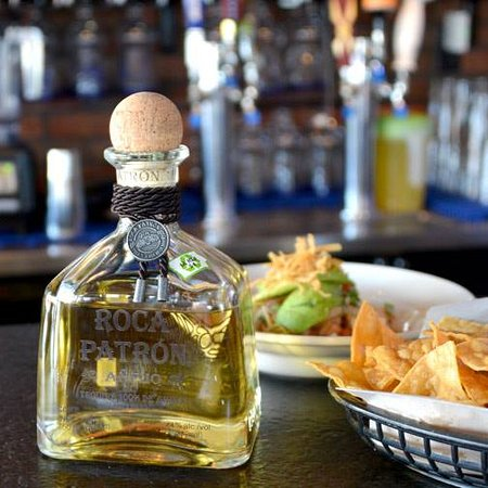 The Blue Iguana: tequilla