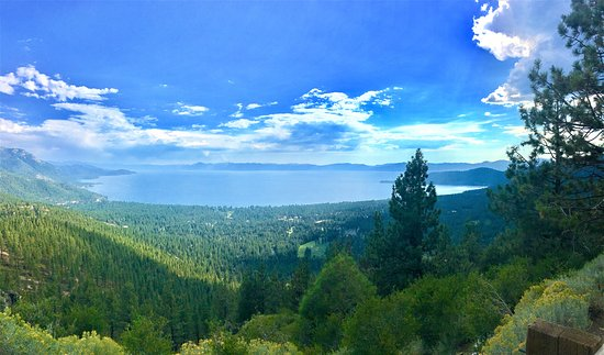 Tahoe Vista, Калифорния: Tahoe Scenic Tours: Mt Rose Highway Stop