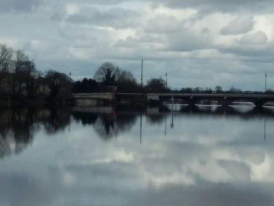 Tarmonbarry, Irlanda: 20180407_154420_large.jpg