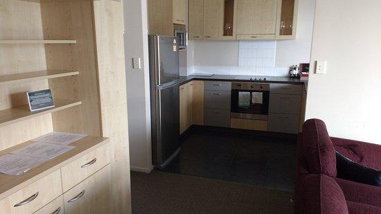 Kaikoura Apartments: Kitchen