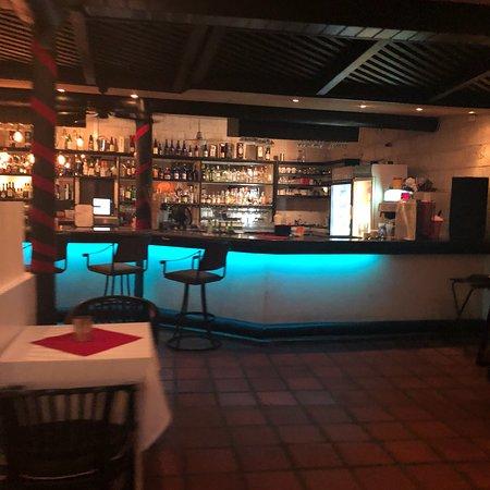 Naru Restaurant and Lounge: photo9.jpg