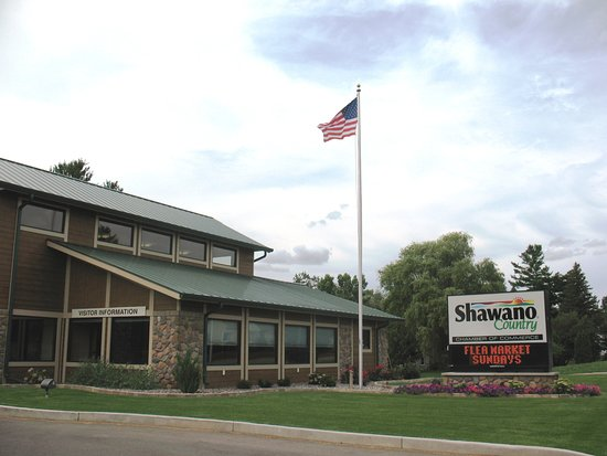 ‪Shawano Country Chamber of Commerce & Visitor Center‬