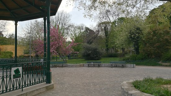 Img 20180413 194310 Large Jpg Picture Of Jardin Villemin Paris