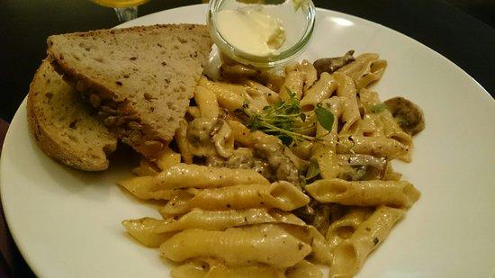 Scandic Fauske, rom, utsikt og lunch.