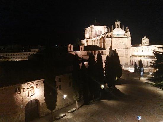 NH Collection Salamanca Palacio de Castellanos: Catedral noche 2