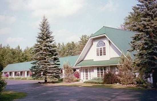 Northwoods Motel