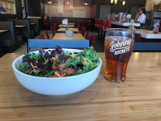 Lawrenceville, NJ: Garden Salad with Ice Tea