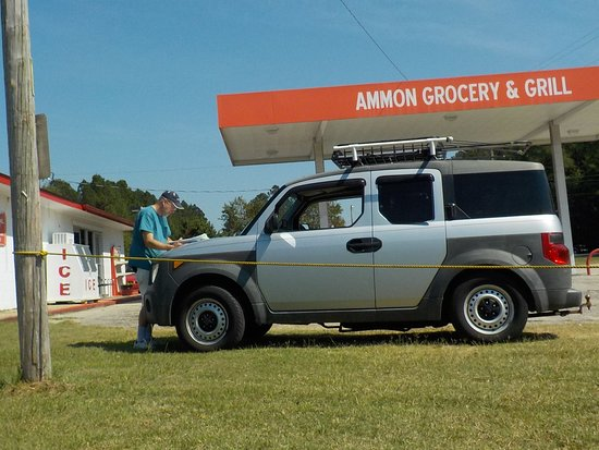 Elizabethtown, NC: Ammon Grocery and Grill