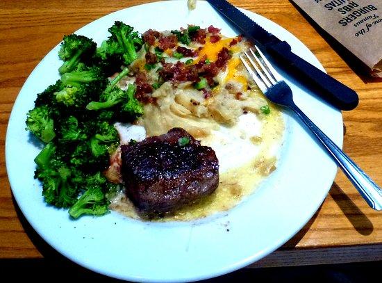 Wyoming, MI: Steak , potato, and broccoli