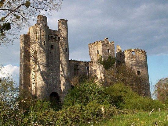 Chateau de Passy-les-Tours