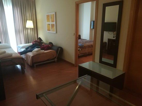 Hotel Vertice Sevilla: IMG_20180330_143506_large.jpg