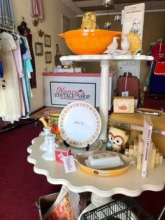 Marietta, GA: Vintage Collectibles, Home Goods and More