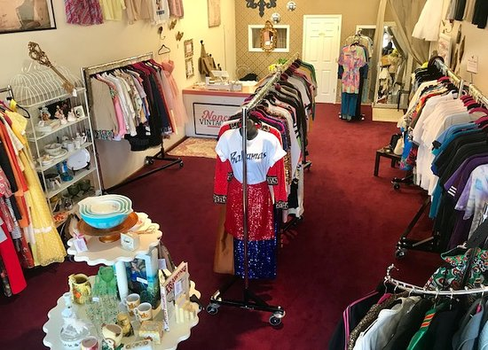 Marietta, GA: Bird's Eye View of Nancy's Vintage Shop