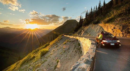 Montana: The perfect Glacier National Park road trip.