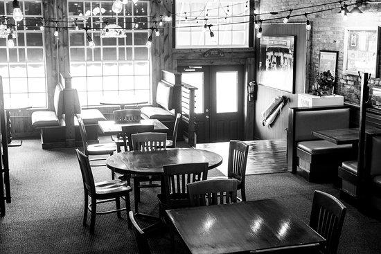 Reynoldsburg, OH: Dining Room