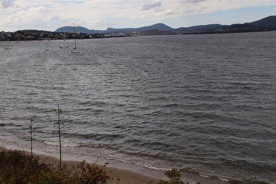 Sandy Bay: Nice view on the city
