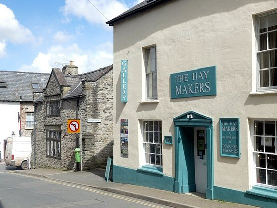 Hay-on-Wye, UK: Fab Gallery!