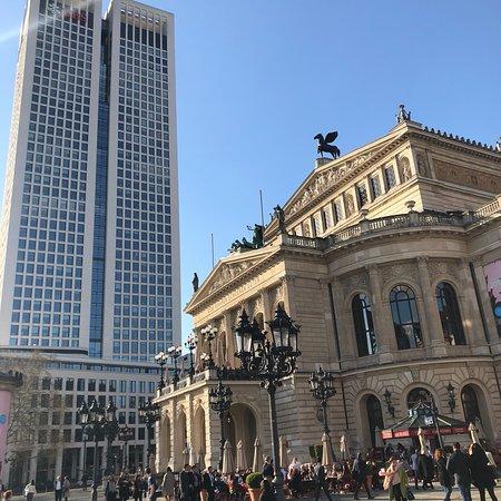 Oper Frankfurt: photo0.jpg