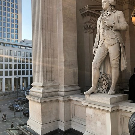 Oper Frankfurt: photo2.jpg