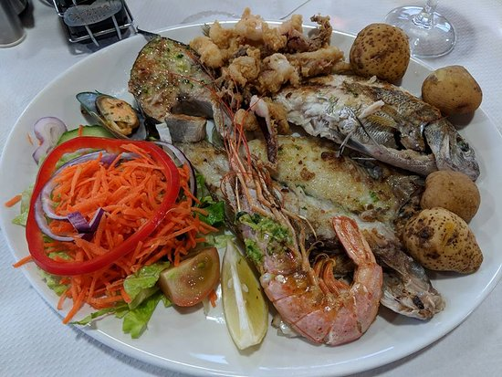 Gran Tarajal, Spain: fish platter