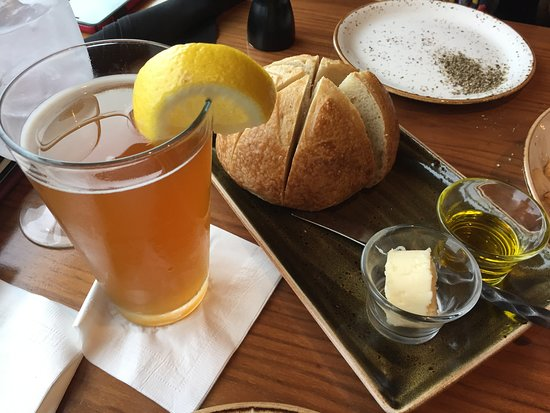 The Attic at Salish Lodge & Spa: Snoqualmie Falls Brewing Hefeweizen