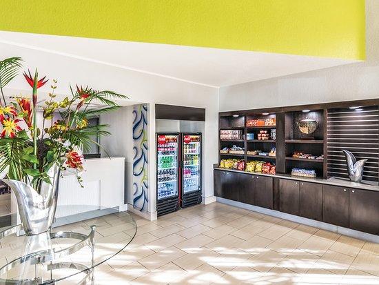 La Quinta Inn Jupiter: Property amenity
