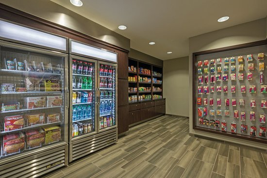 La Quinta Inn & Suites San Antonio Airport: Property amenity