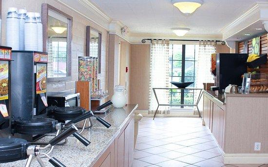 La Quinta Inn New Orleans West Bank / Gretna: Property amenity