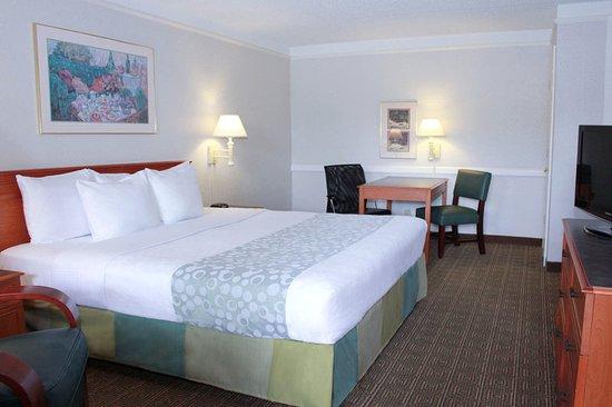 La Quinta Inn New Orleans West Bank / Gretna: Guest room