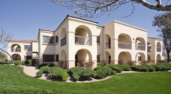 Legacy Golf Resort: Exterior