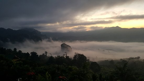 Pong, Tailandia: ภูลังการีสอร์ท