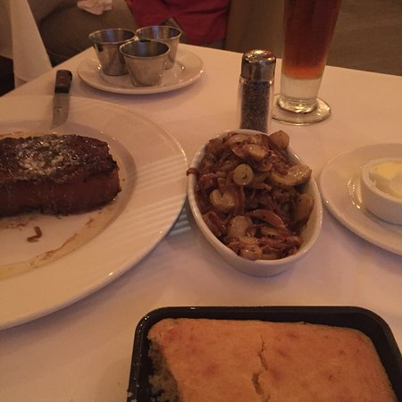 Emeril's Delmonico: photo3.jpg