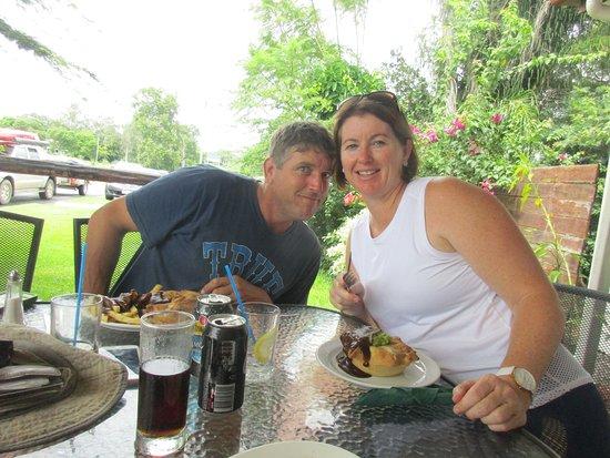 Pinnacle, أستراليا: Daughter and SIL.
