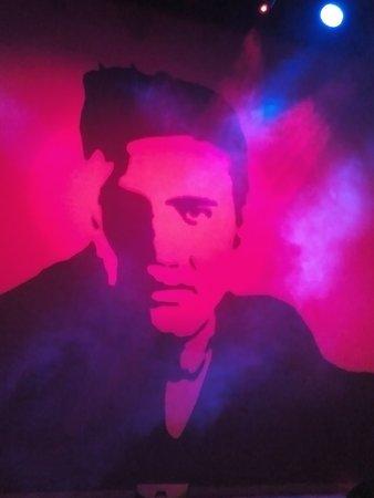 New Theatre: Elvis