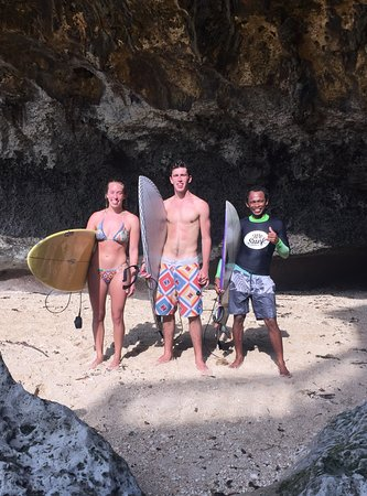 We Surf Bali: session at uluwatu