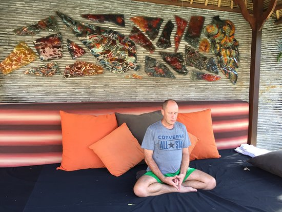 Villa Bugis: Day bed and meditation area.