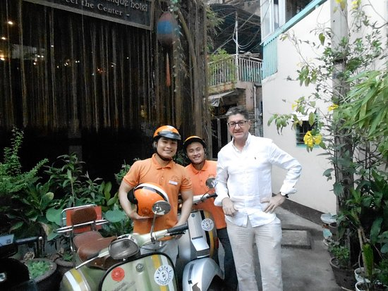 Little Saigon Boutique Hotel : Out the front of the hotel