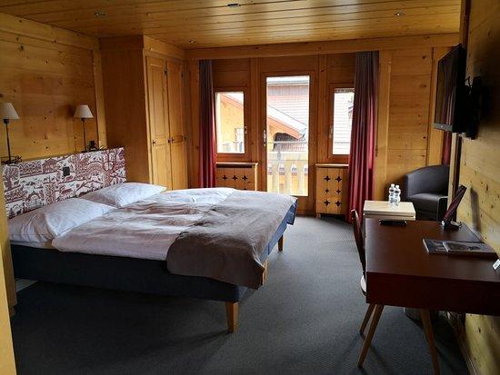 Saanen, سويسرا: IMG_20180413_163733_large.jpg