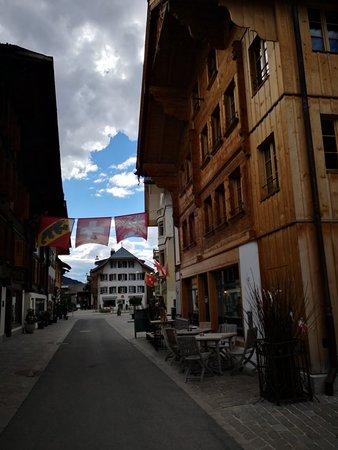 Saanen, سويسرا: IMG_20180413_163501_large.jpg