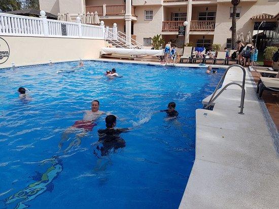 Crown Resorts Club Marbella / Club Regency Palms: 20180405_163936_large.jpg