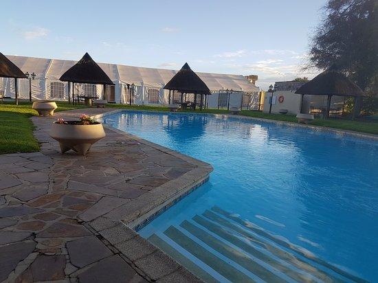 Safari Hotel: 20180411_073126_large.jpg