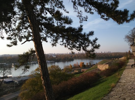 Cosyway Hostel: Kalemegdan Fortress with stunning views on both rivers Sava and Danube.