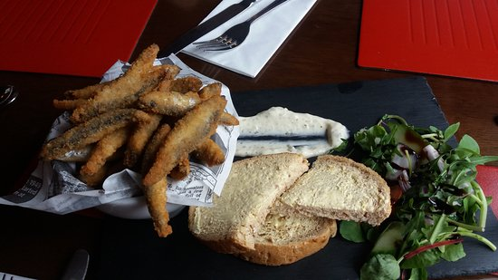 Chartham, UK: Crunchy whitebait